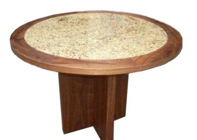 Mesa Toms cubierta de granito
